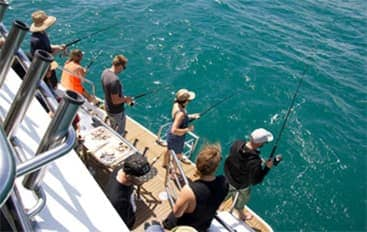 fishing-fun-regal-flyer340x215 Lake Taupo Cruises | Taupo Charters | Private Charters {keyword}